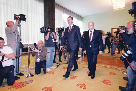 Вучић и Путин долазе на конференцију за новинаре (Фото Анђелко Васиљевић)