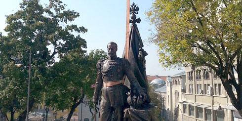 spomenik-nikolaj-1