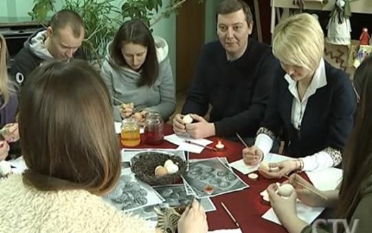 Пасхальные традиции: мастера из Станьково подготовили тематическую выставку