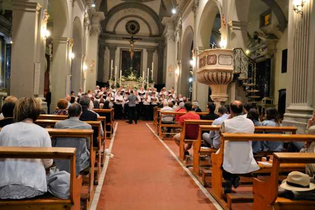 Dan conducting in Pescia