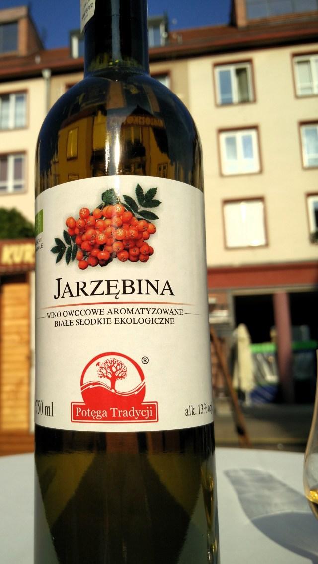 Wino jarzębinowe