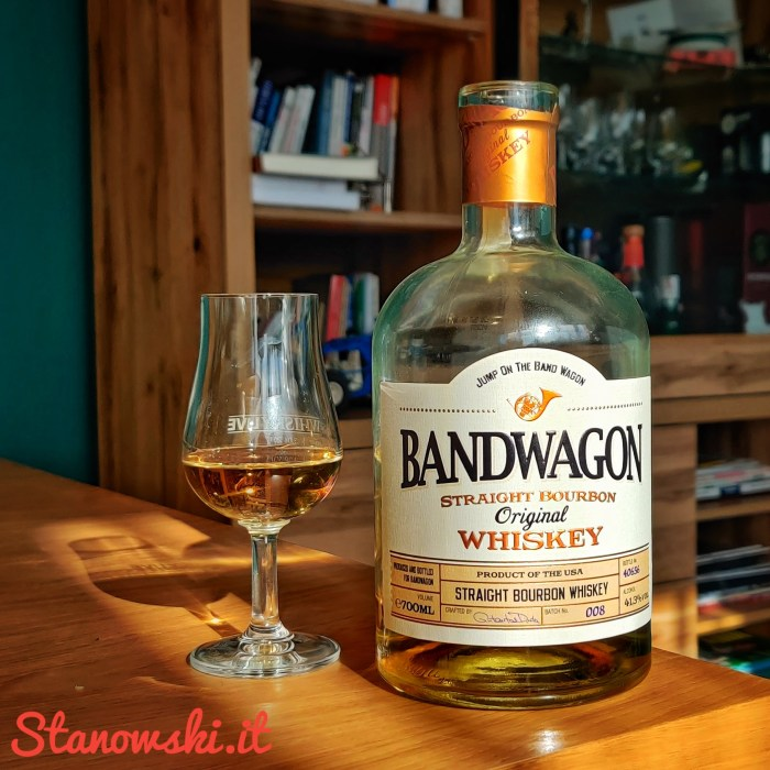 Bandwagon Straigth Bourbon Original Whiskey