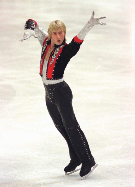 Евгений Плющенко на соревнованиях. Фото