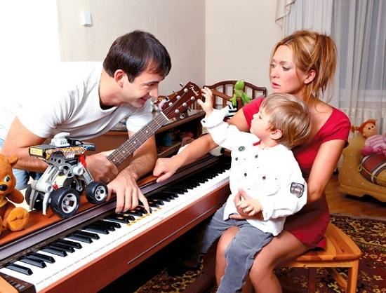 Ольга Дроздова с мужем Дмитрием Певцовым и сыном. Фото