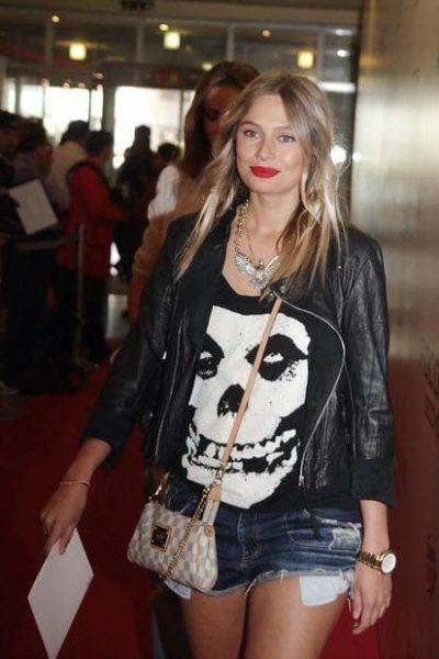 Фото актрисы Рудовой