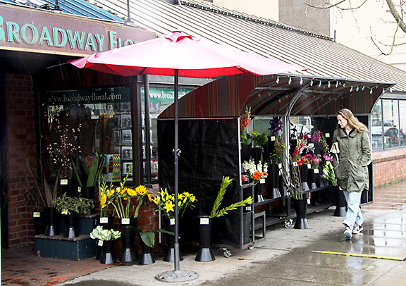 Broadway Foral
