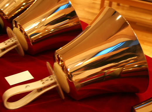 If you want beautiful Christmas music, you consider attending A Celebration of Carols at Westminster Presbyterian Church (1624 N.E. Hancock St.) on Sunday, December 7th at 1 p.m. The Westminster Chancel Choir and the Westminster Concert Bells will perform. An offering to benefit the church's Music Fund will be gratefully received.