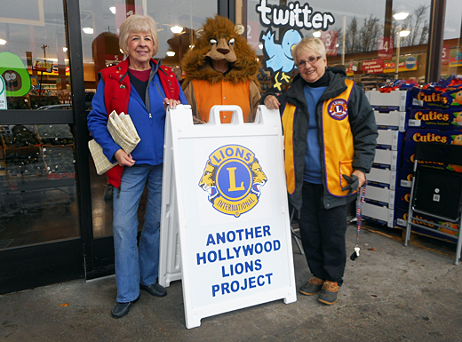 (Hollywood Lions)