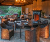 outdoor entertainment furniture