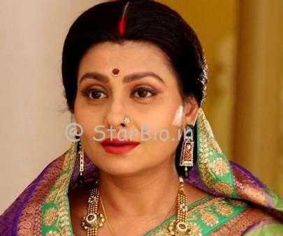 Jaya Bhattacharya Height, Weight, Age, Wiki, Biography, Husband, Family