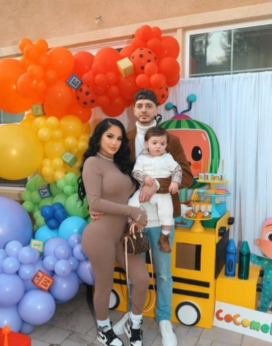 Briana Murillo with family