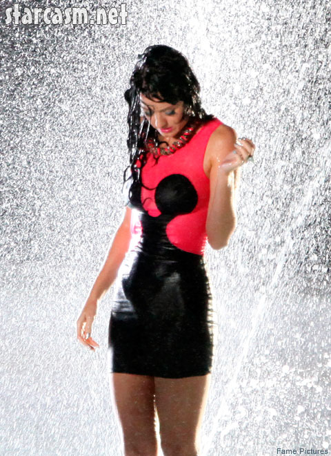 15 PHOTOS Katy Perry gets wet and wild in 'Starstruck' video shoot with 3OH! 3 * starcasm.net