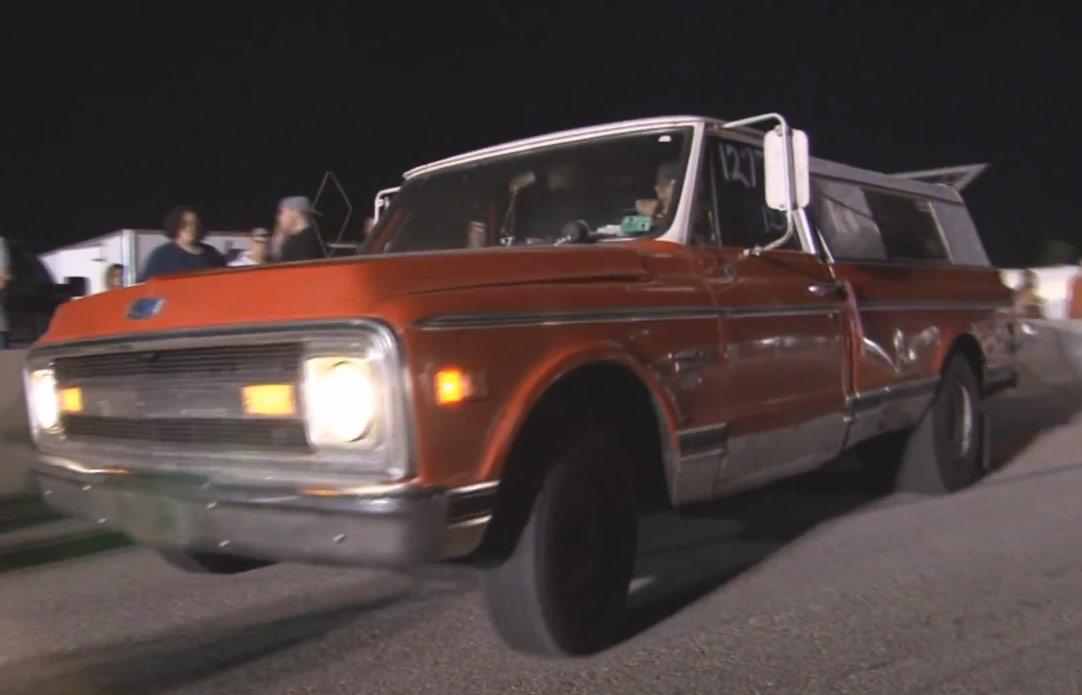 PHOTOS VIDEOS Farmtruck the 1970 Chevy sleeper from