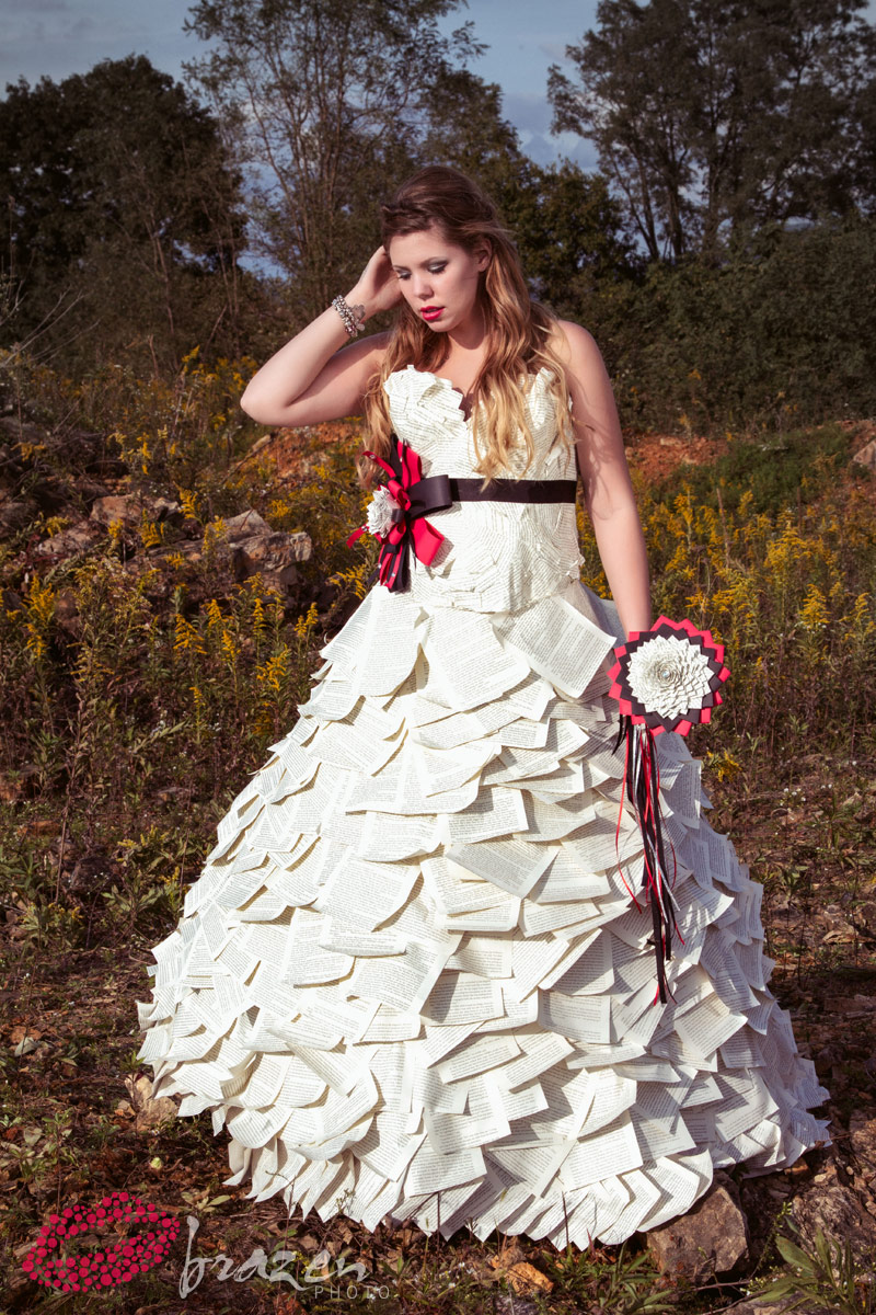 PHOTOS Kailyn Lowry modeling paper wedding dress by Kate Robertson