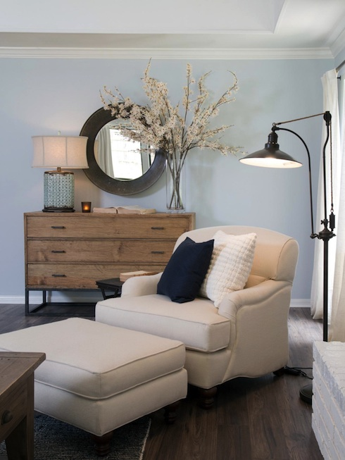 Do the people on HGTVs Fixer Upper keep the furnishings