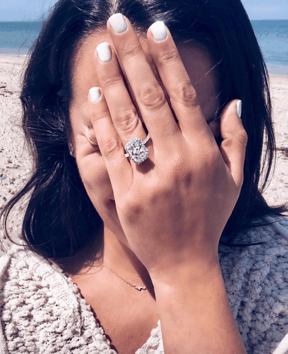 Who is Lea Michele engaged to 2018 Info about Zandy Reich fashion mogul
