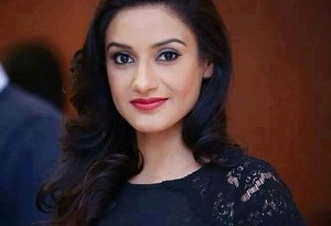 rati pandey husband