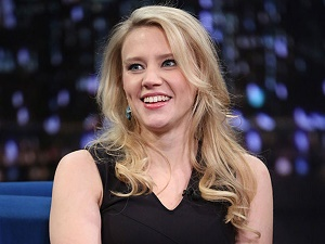 kate mckinnon gay