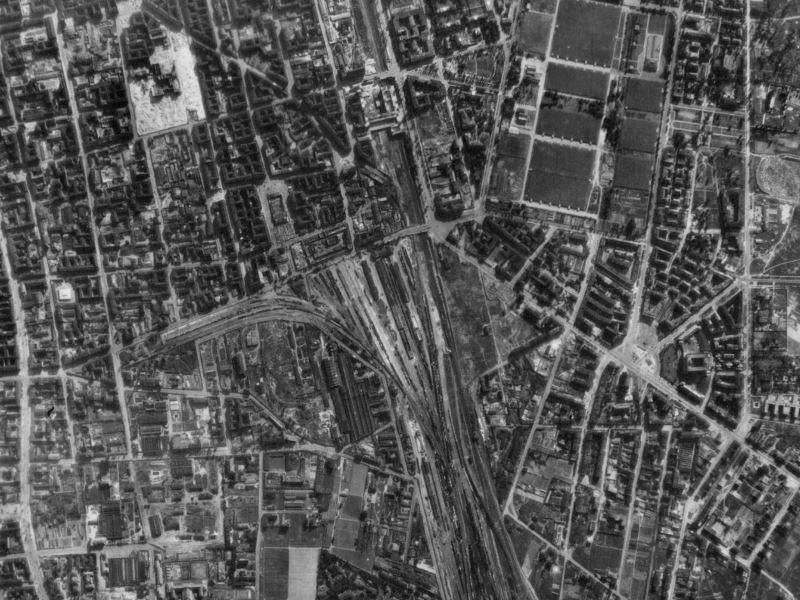 Zdjęcie lotnicze Warszawy z 1944r.