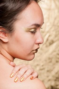 Photographer: Amanda Isusi Ugalde Makeup: Amanda Isusi Ugalde Assistant: Alicia Crisis Model: Madonna Dennis