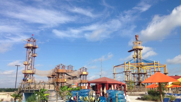 Visiting Hawaiian Falls Water Park in Pflugerville, TX