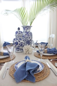 Blue And White Table Settings & Blue-white-chinoise ...