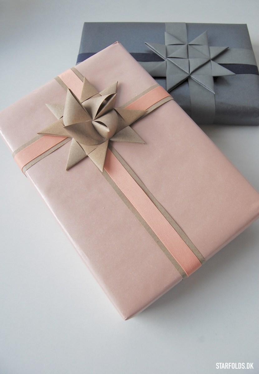 Gaveindpakning med strimler til julestjerner