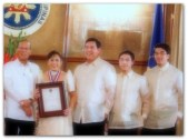 AWARDS - Vi with PNoy