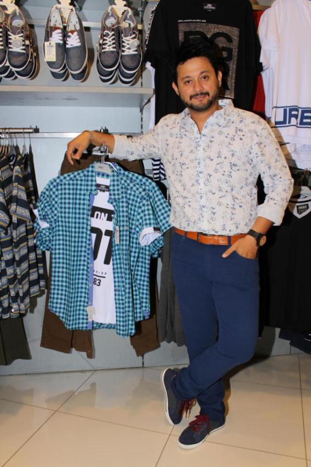 Swwapnil with the new collection