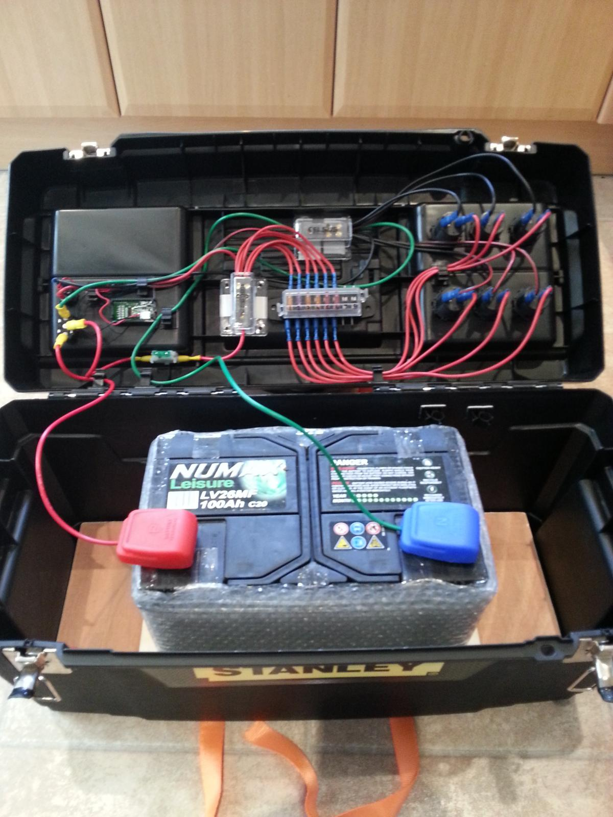 Caravan Wiring Diagram With Solar My New Leisure Battery Case Diy Astronomer Stargazers