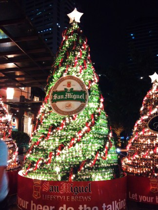 how about christmas tree made with beer bottles.. love this!