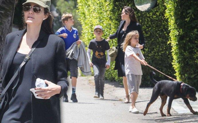 Angelina Jolie Kids Walk Divorce Pics