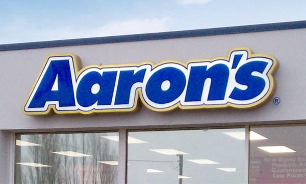 Retail Signs - Star Neon