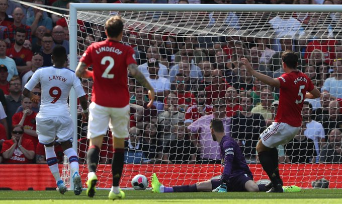 Manchester United 1 -2 Crystal Palace