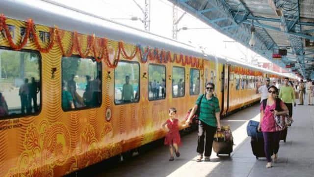 कंफर्म रेलवे टिकट काटने वाले सॉफ्टवेयर रीयल मैंगो का भंडाफोड़, OTP और कैप्चा डालने की भी नहीं थी जरूरत