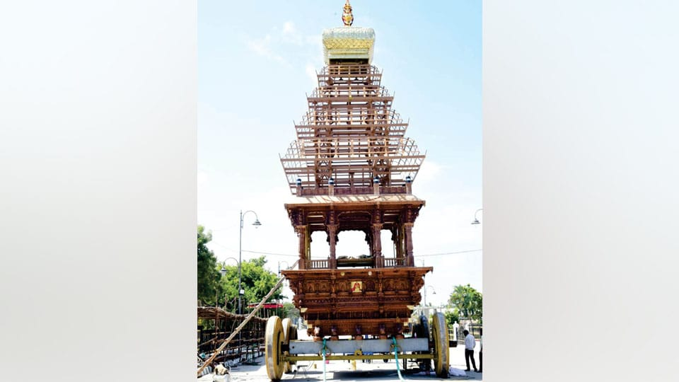 Governor Vajubhai R. Vala to dedicate 55-feet tall, Rs. 2 crore worth Ratha at Suttur