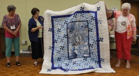 Tam McBride - Winter Dream quilt - created with help from Ann Ware, Gisela O'Connor and Donna Watts