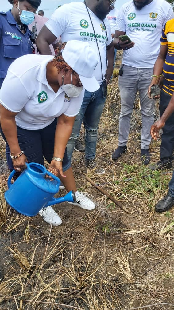 Hawa Koomson joins St Br. Andre SHS to plant 500 trees to mark GGD 3