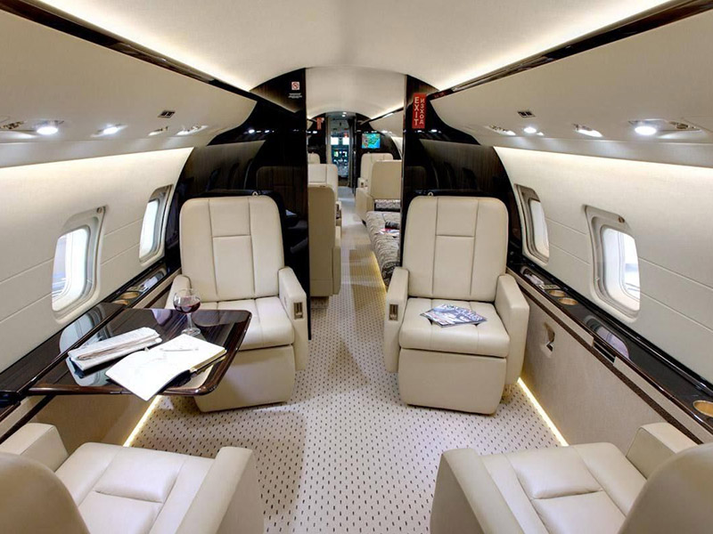 Bombardier Challenger 850 Private Jet Hire