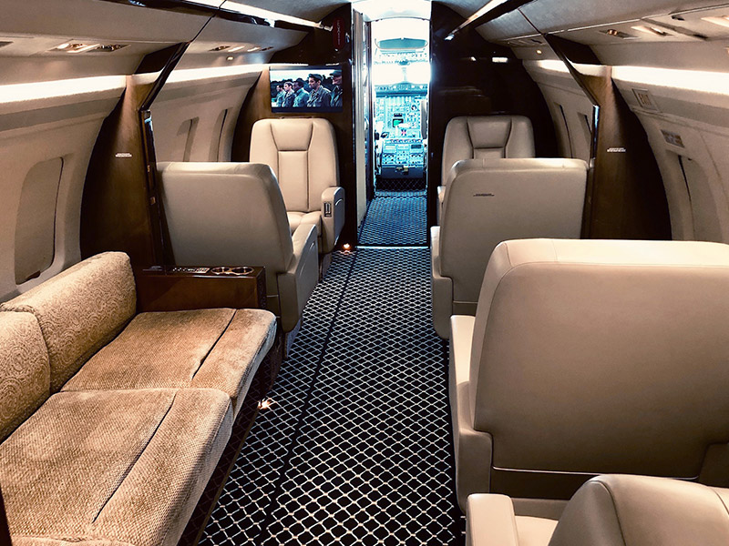Bombardier Challenger 601 Private Jet Hire