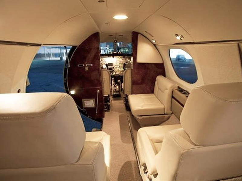 Learjet 24 Private Jet Hire