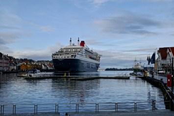 Queen Mary 2 in Stavanger