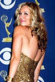 Kaley Cuoco auf den 61. Emmy Awards