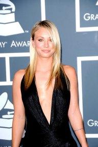 Kaley Cuoco im Januar 2010 auf den 52. Grammy Awards