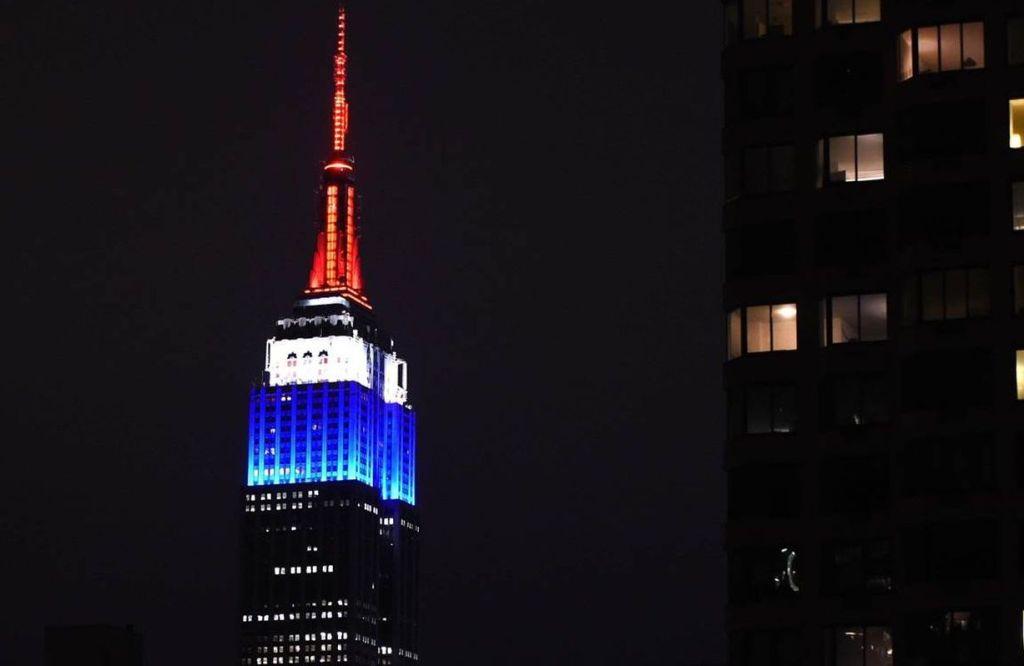 Empire State Building during Paris Attack