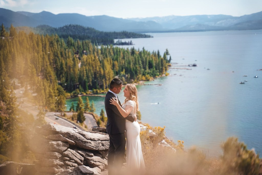 Lake Tahoe wedding photographer captures the First Look at Cave Rock