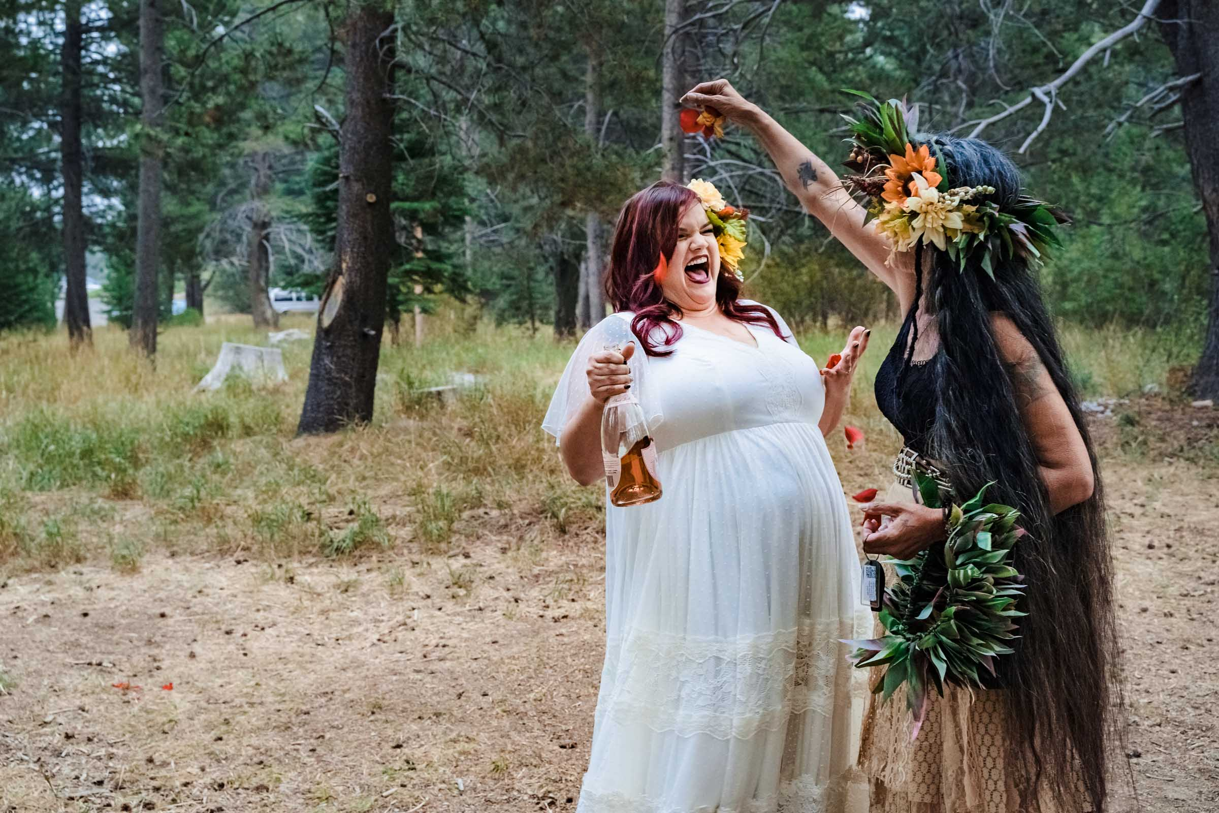 Hawaiian traditions during an autumn wedding in South Lake Tahoe