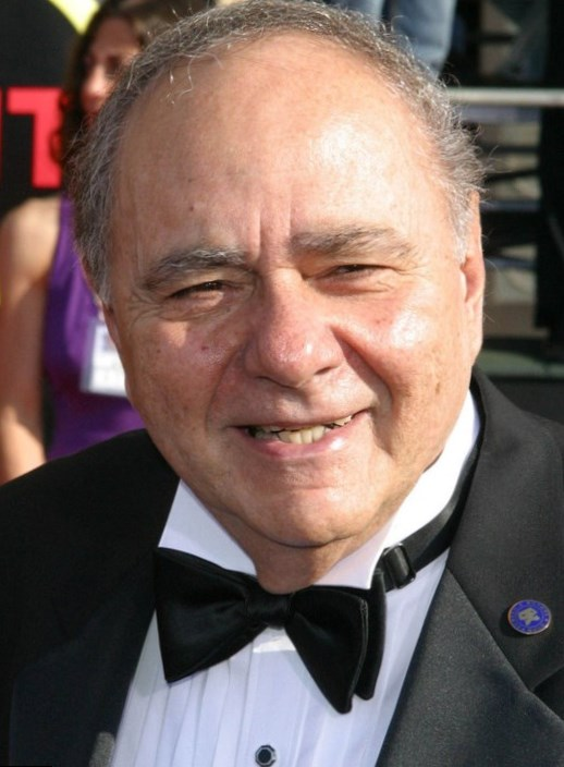 Michael Constantine Weight Height And Age We Know It All