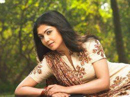 Kamalinee Mukherjee Height, Weight, Age, Affairs, Wiki & Facts