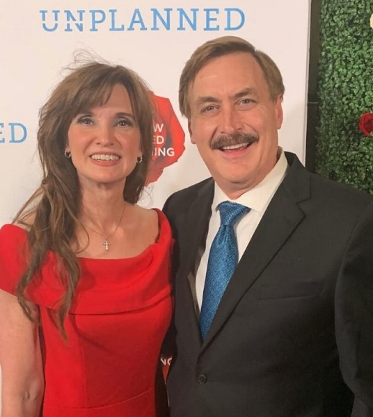 dallas yocum mike lindell wife wiki